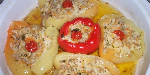 Serbian cuisine - Filled Peppers ''punjene paprike''